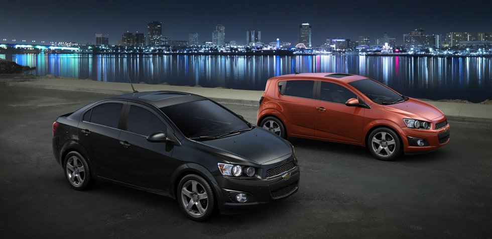 Chevrolet_Sonic_modeloverview_sportyprofile_980x476